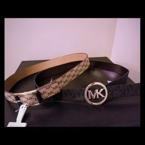NWT Michael Kors black belt gold buckle